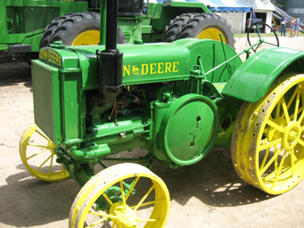 John deere d-series photo - 4