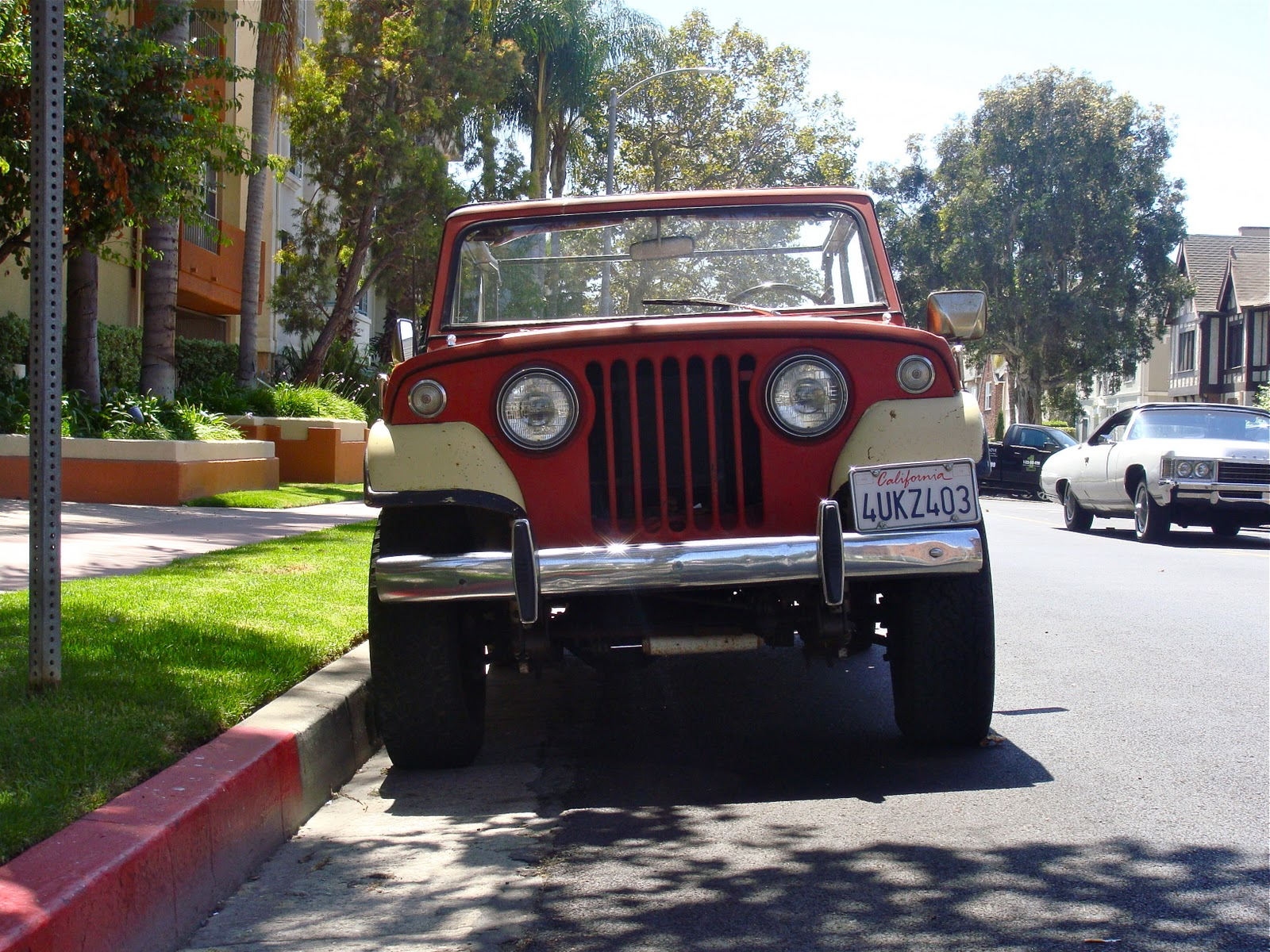 Kaiser jeepster photo - 3