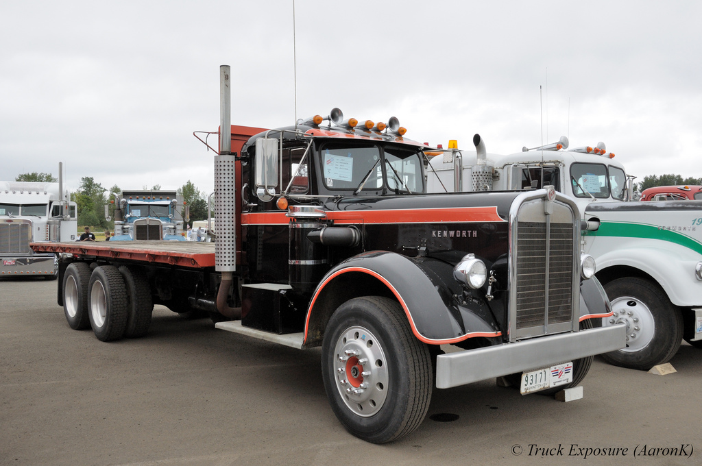Kenworth 523 photo - 4