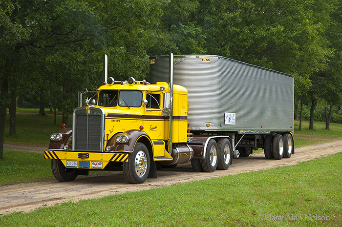 Kenworth 925 photo - 2