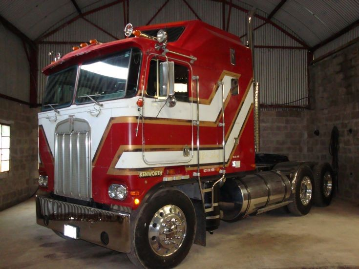 Kenworth k-100 photo - 1