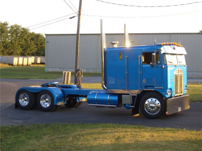 Kenworth k100 photo - 2