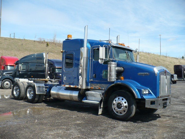 Kenworth t-800 photo - 1