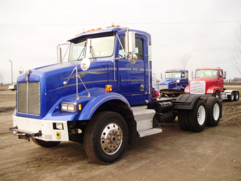 Kenworth t600a photo - 3