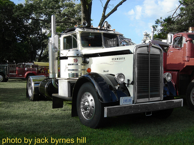 Kenworth w-923 photo - 1