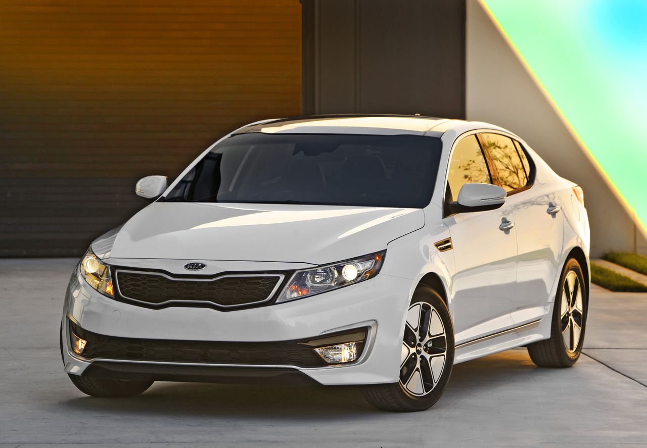 Kia optima photo - 2
