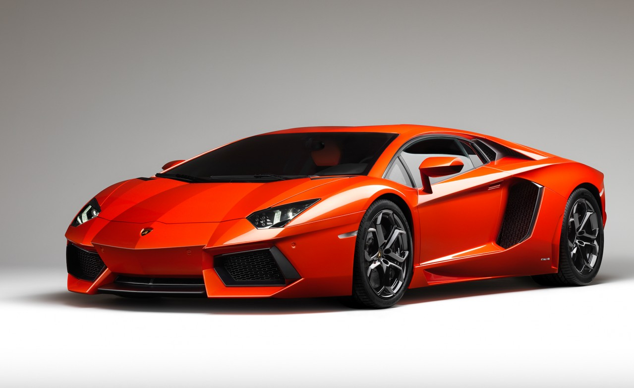 Lamborghini aventador photo - 3