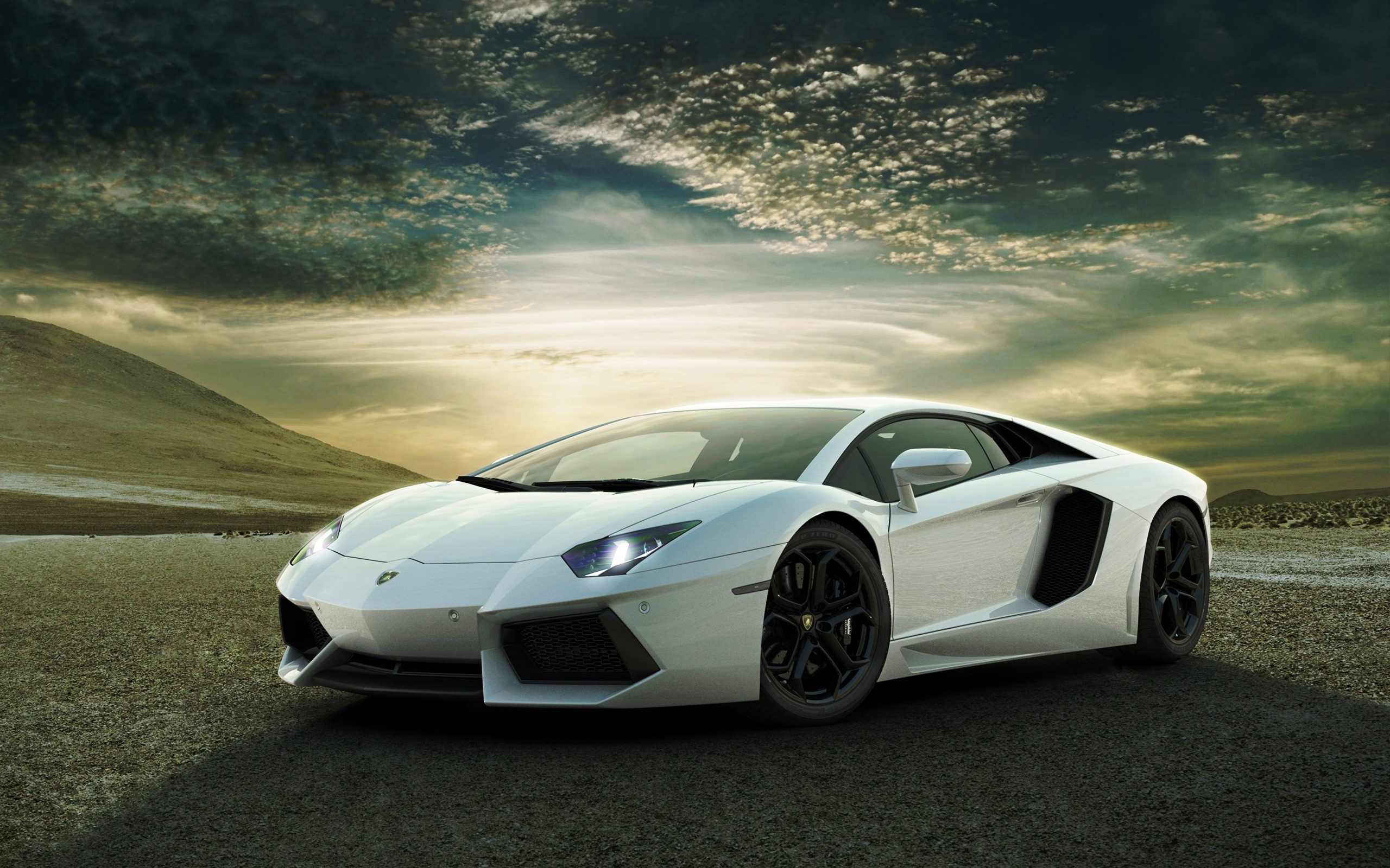 Lamborghini aventador photo - 4