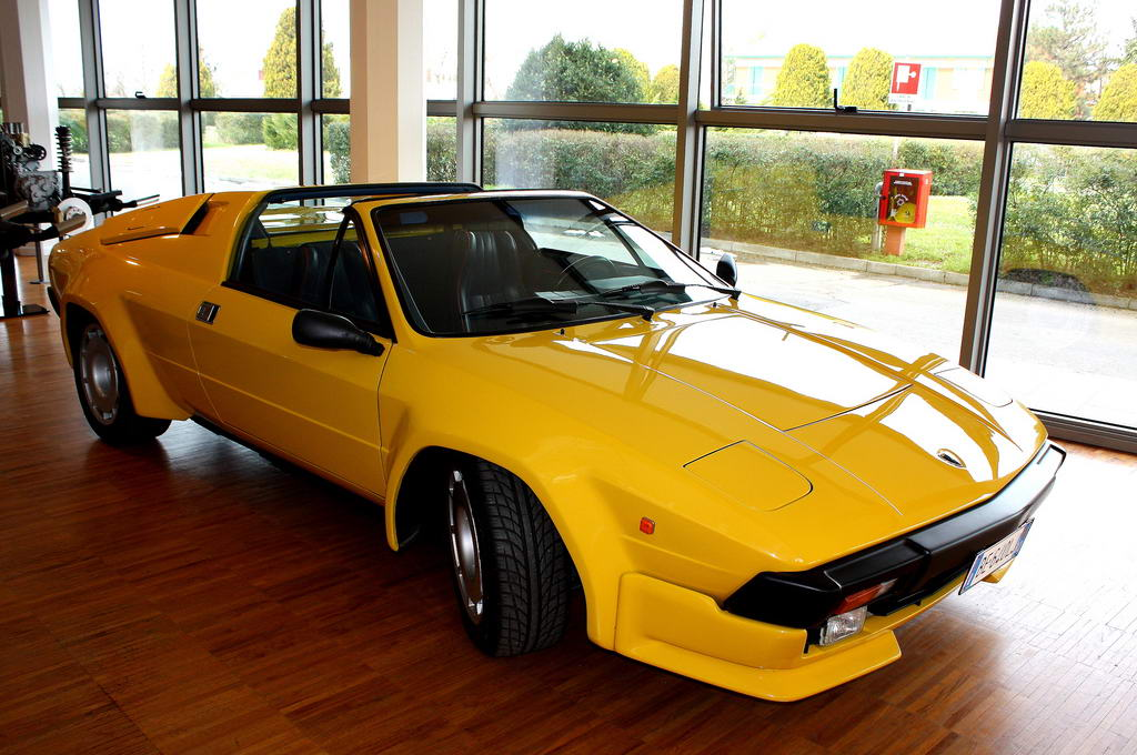 Lamborghini jalpa photo - 4