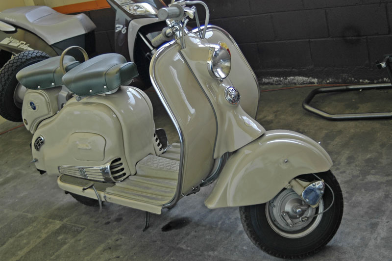 lambretta 125 amazing photo on openiso org collection of cars lambretta 125 download wallpapers. Black Bedroom Furniture Sets. Home Design Ideas