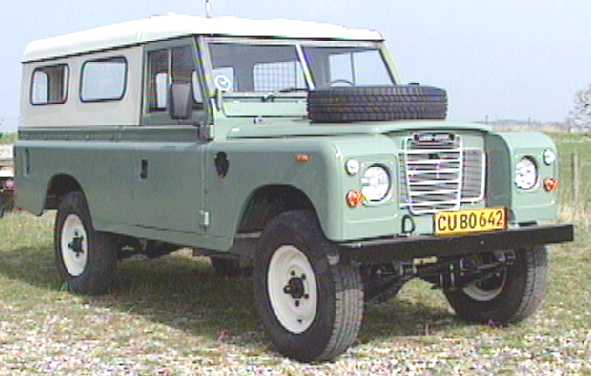 Land-rover 109 photo - 2