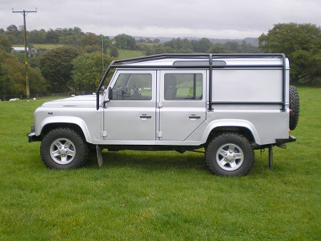 Land rover 110 photo - 4
