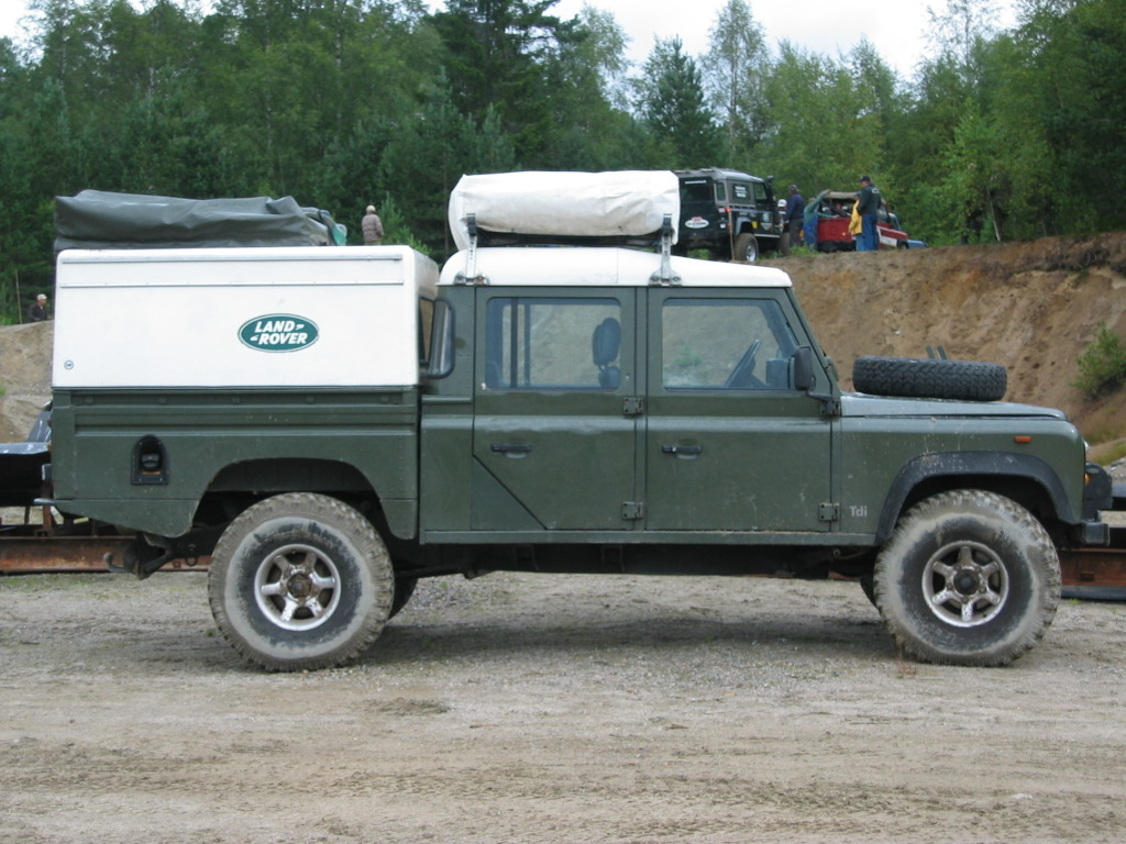 Land rover 130 photo - 3