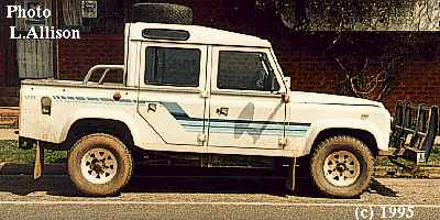Land-rover one-ten photo - 3