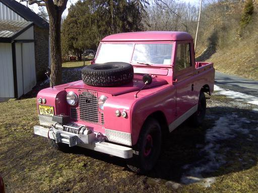 Land rover pink photo - 3