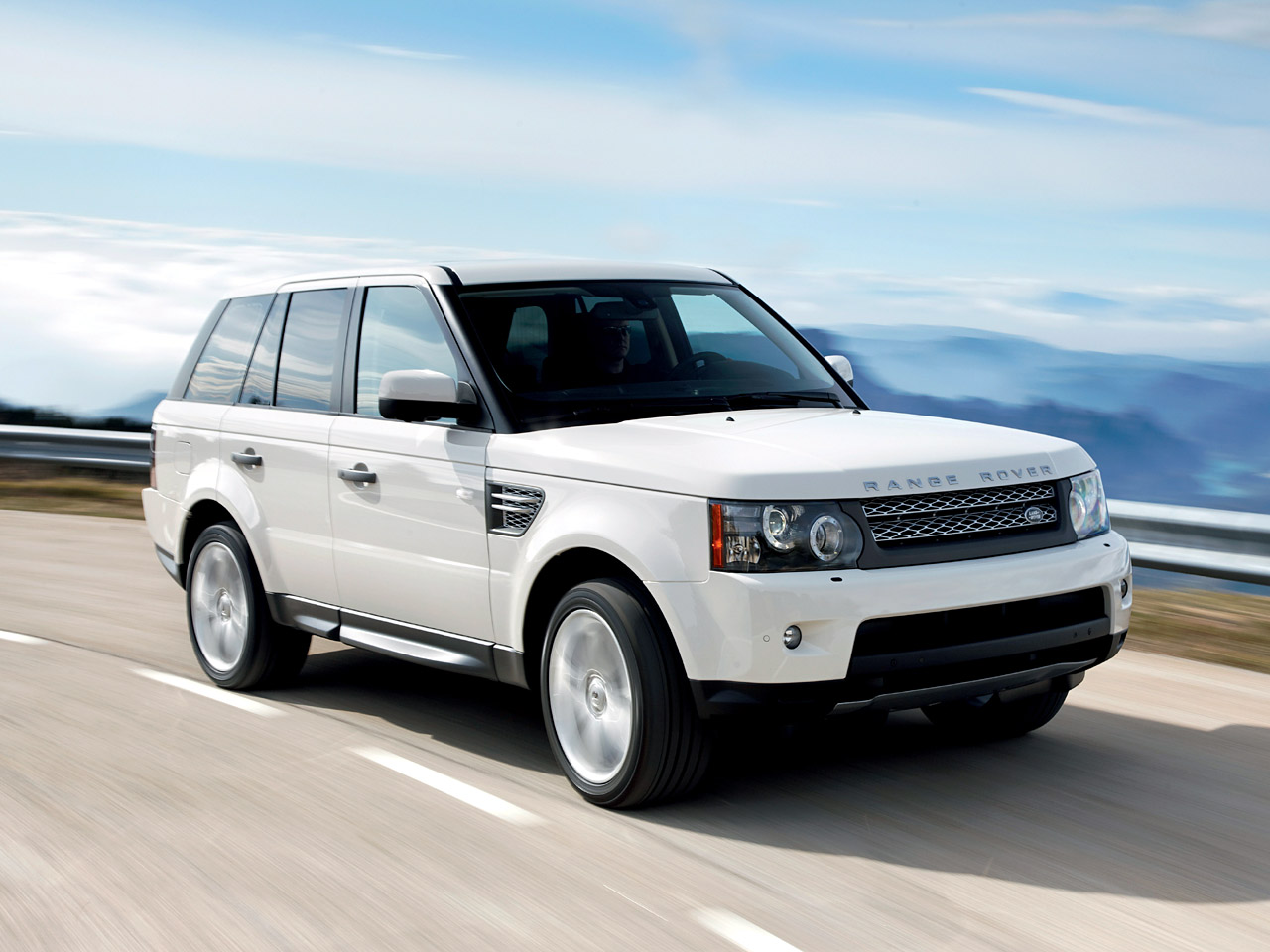 Land-rover sport photo - 3