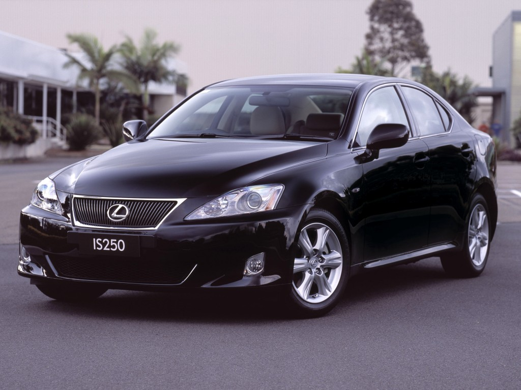 Lexus is250 photo - 2
