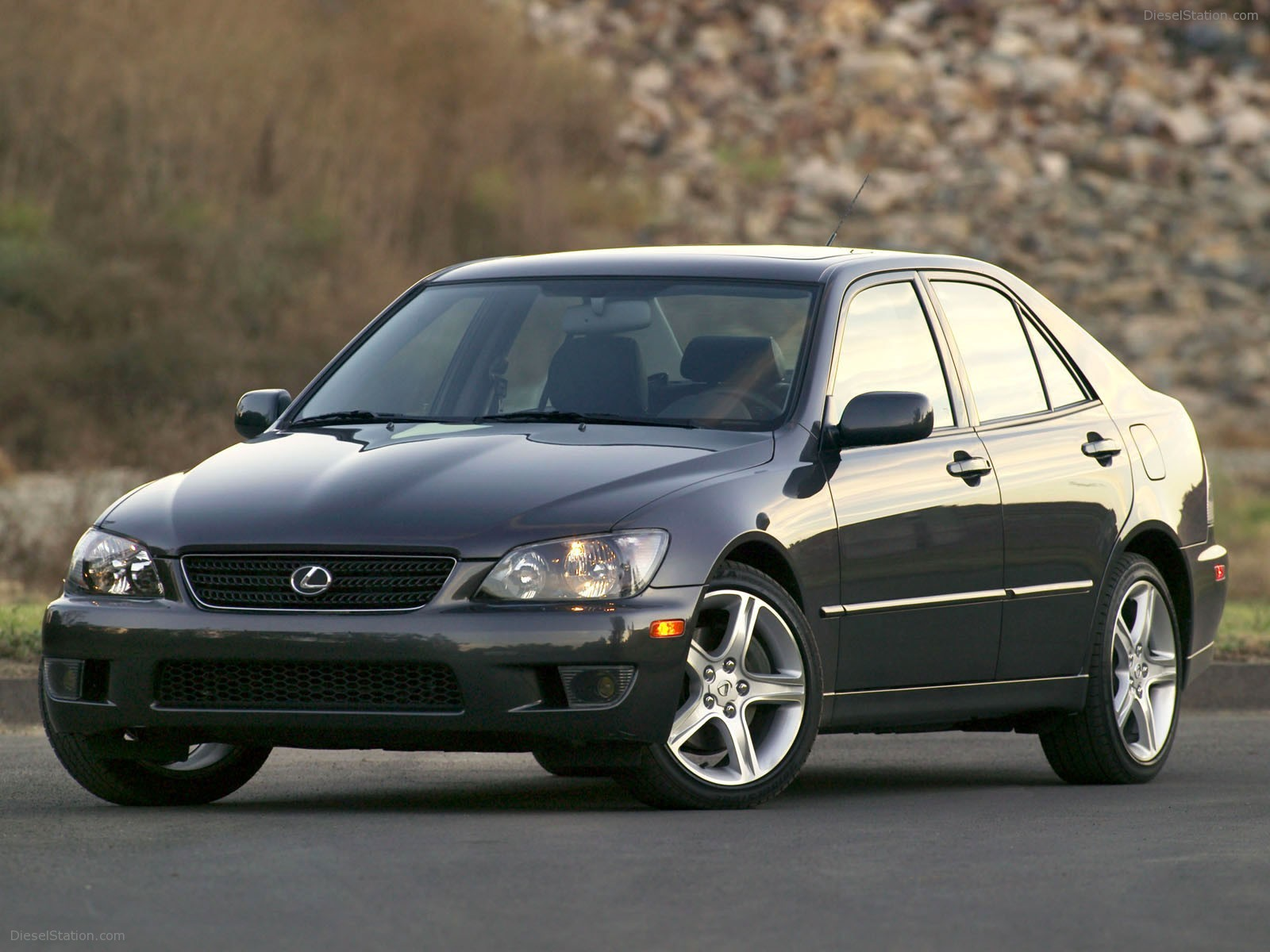 Lexus is300 photo - 3