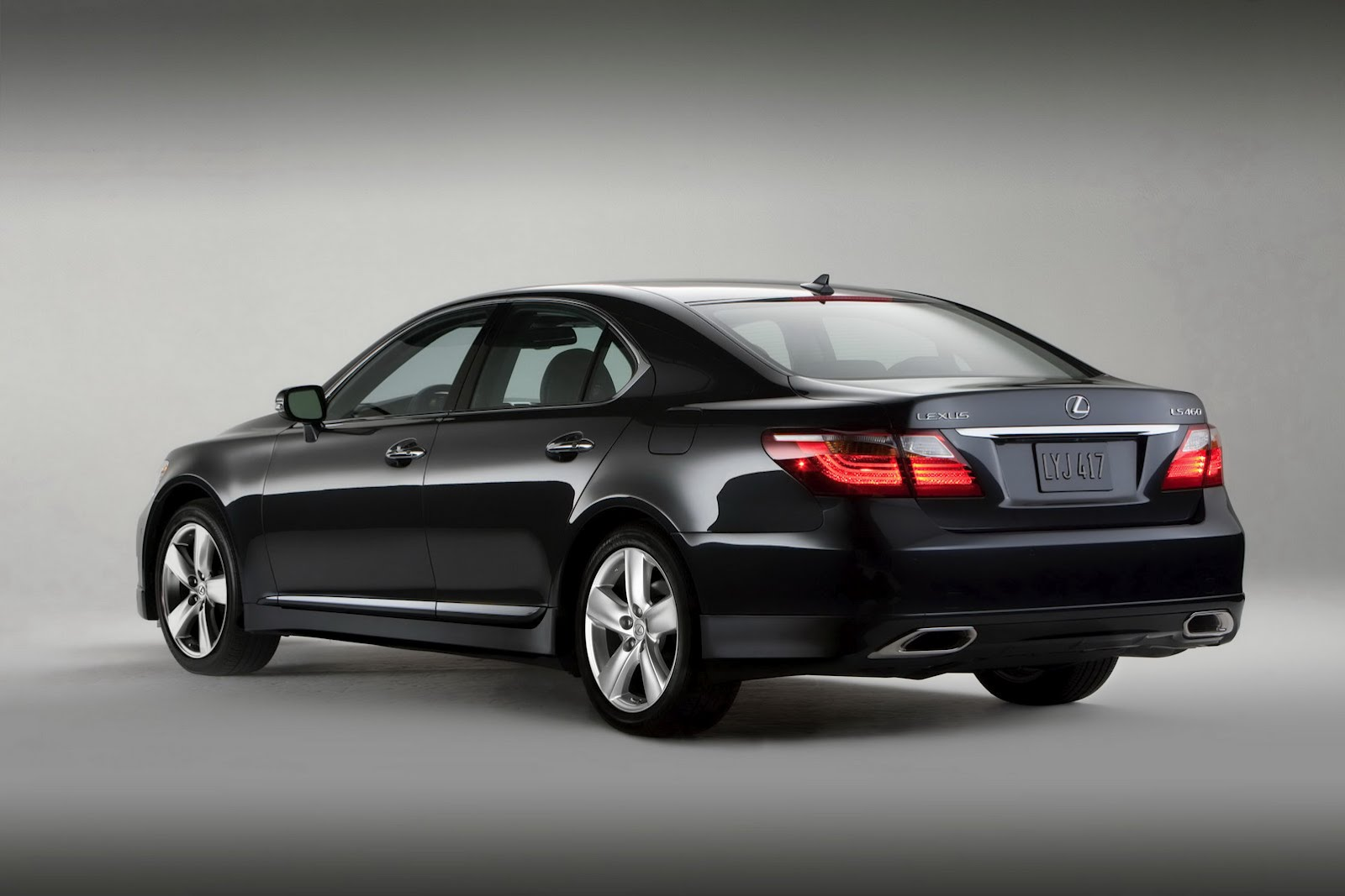 Lexus ls photo - 1