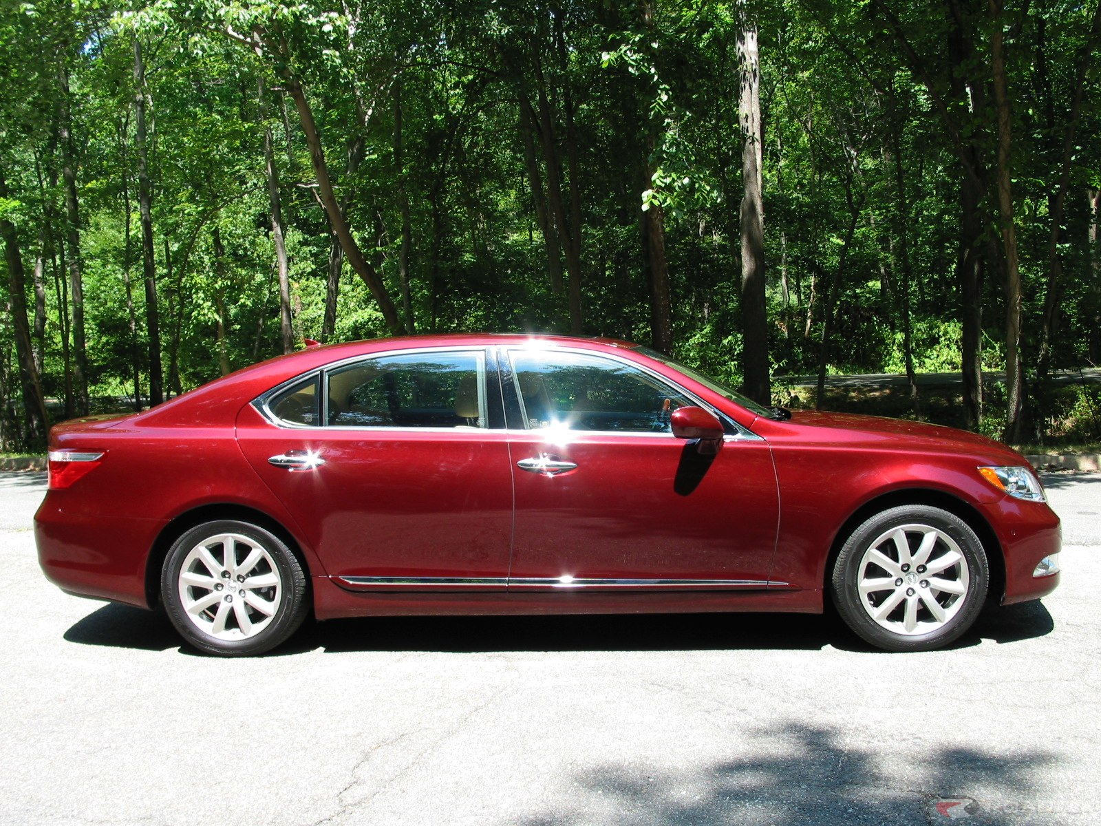 Lexus ls460l photo - 1