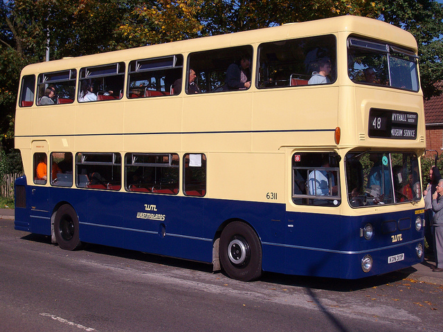 Leyland fleetline photo - 2