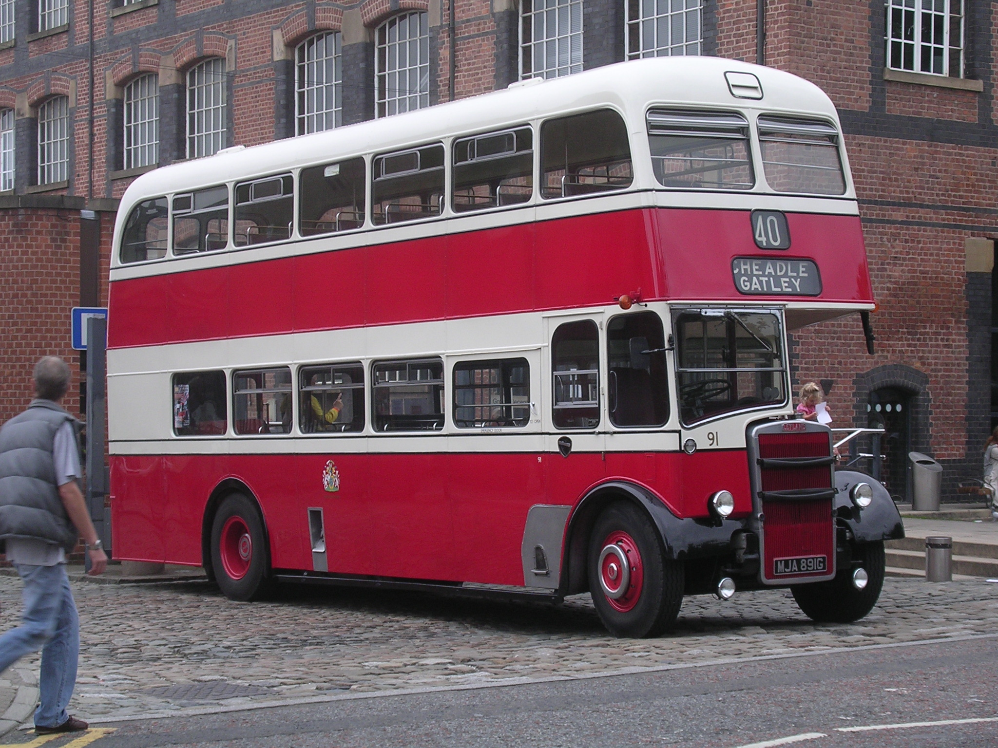 Leyland titan photo - 2