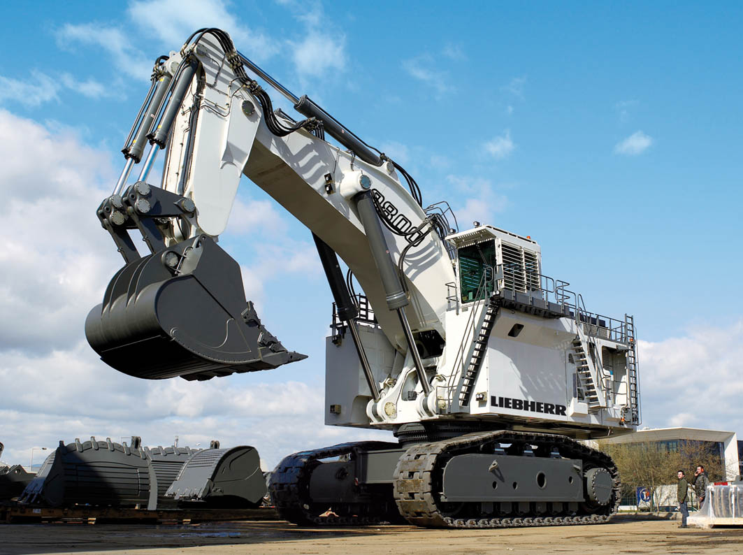 Liebherr 902 photo - 1
