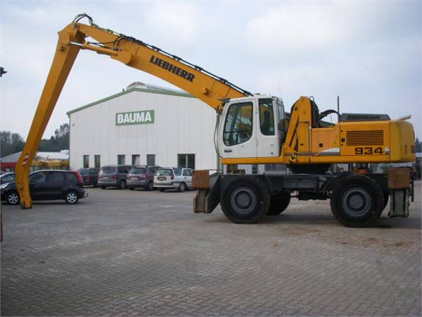 Liebherr 934 photo - 4