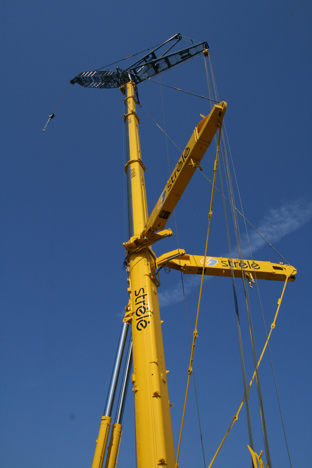 Liebherr ltm photo - 1