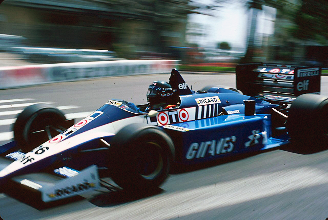 Ligier js27 photo - 3