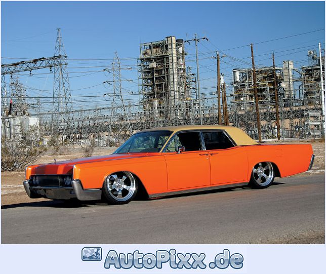 Lincoln continental photo - 4
