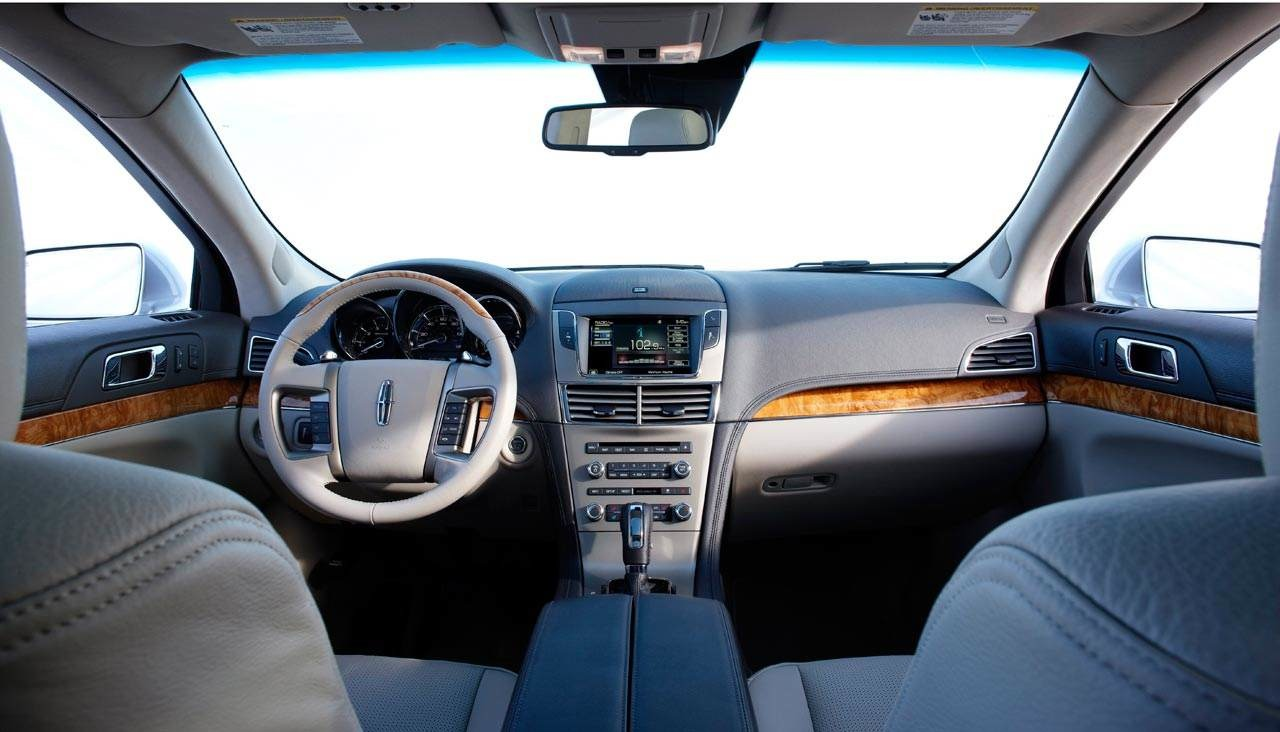Lincoln mkt photo - 3