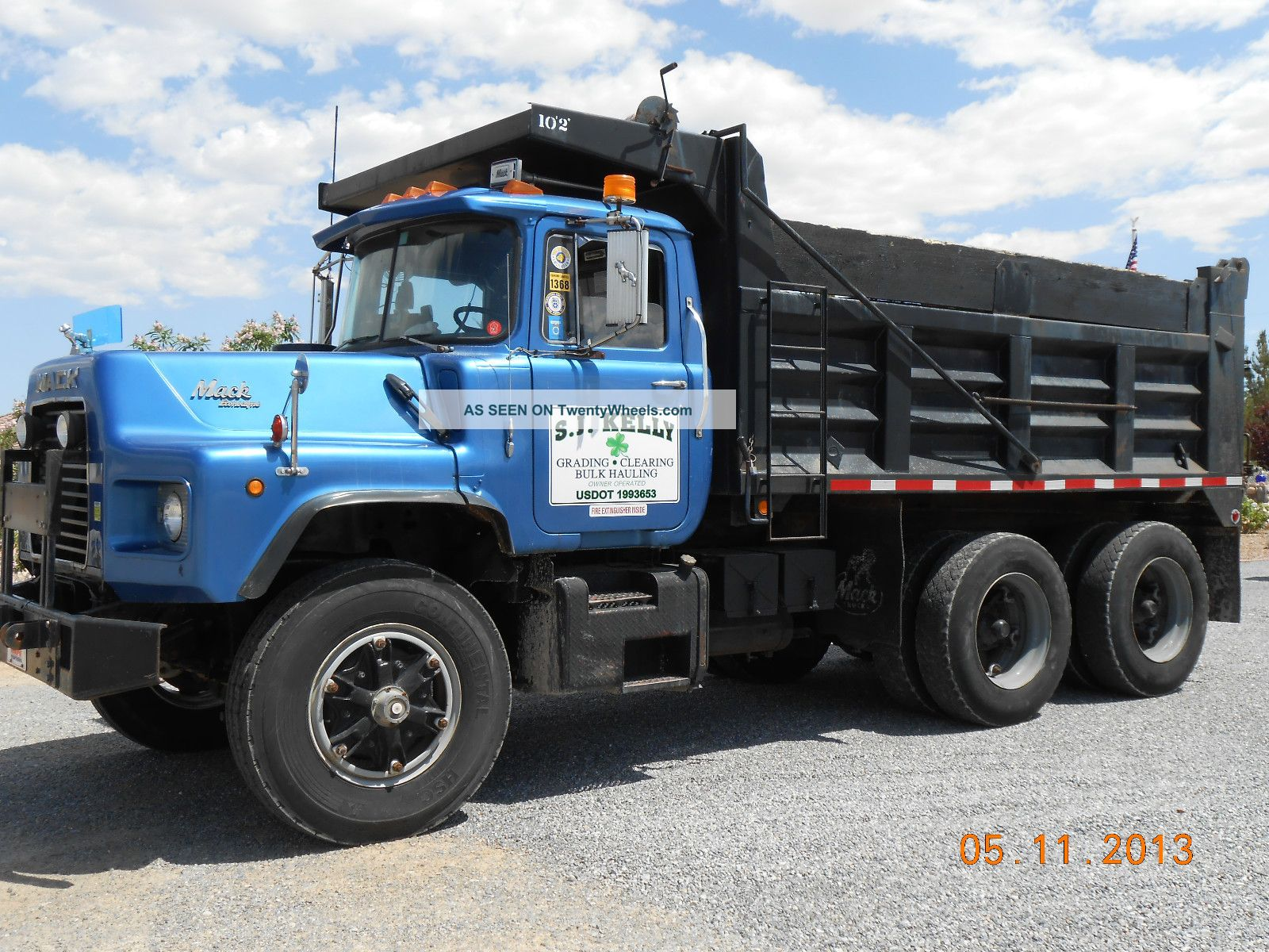 Mack dm600 photo - 2