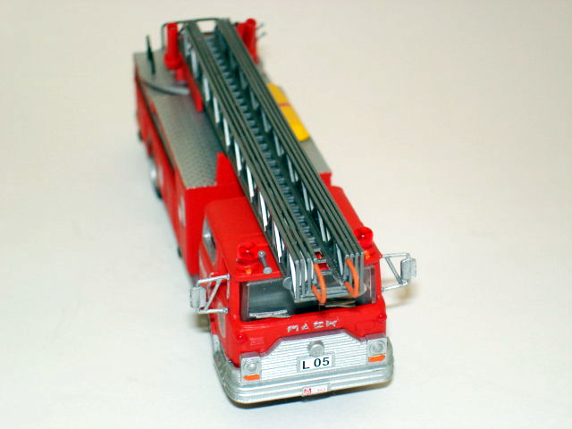 Mack ladder photo - 3
