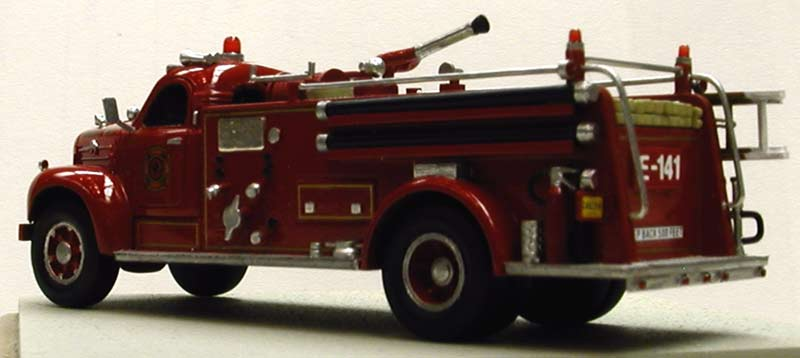Mack pumper photo - 1
