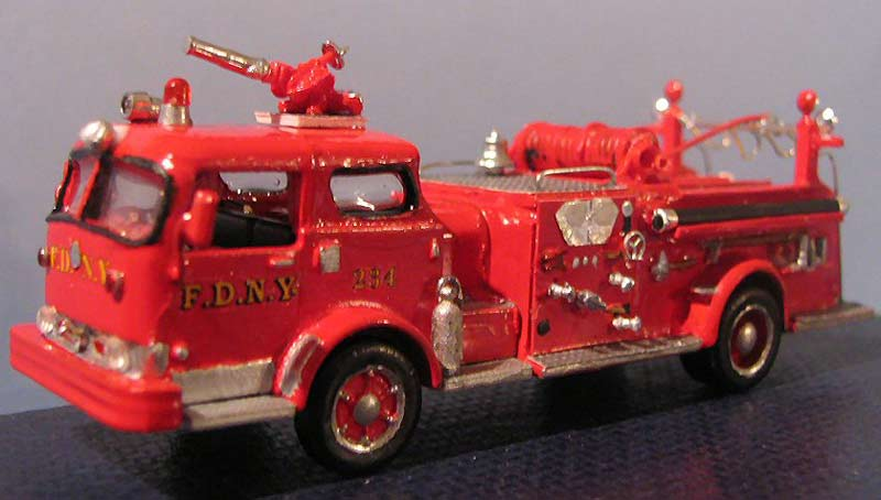 Mack pumper photo - 4