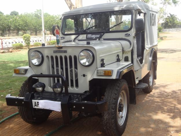 Mahindra jeep photo - 3