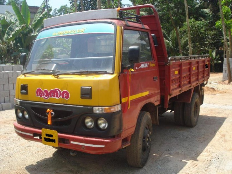 Mahindra tempo photo - 1