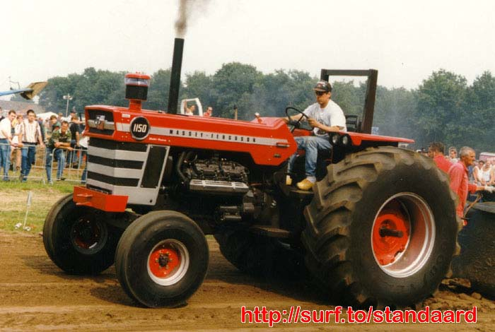 Massey ferguson 100-series photo - 3