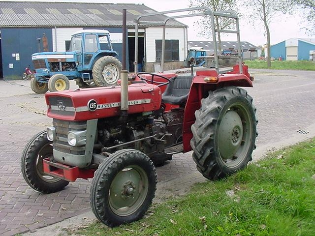 Massey ferguson 148 photo - 1