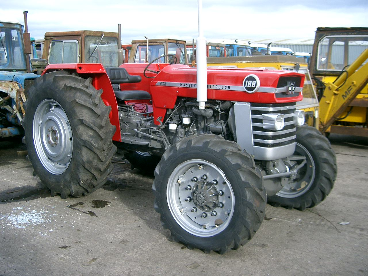 Massey ferguson 165 photo - 2