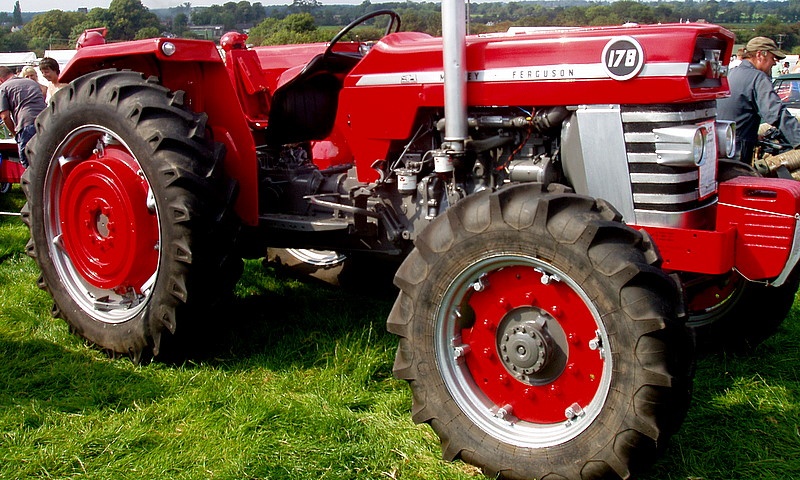 Massey ferguson 178 photo - 2