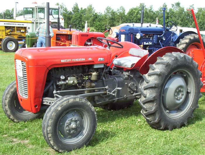 Massey ferguson 30 photo - 4