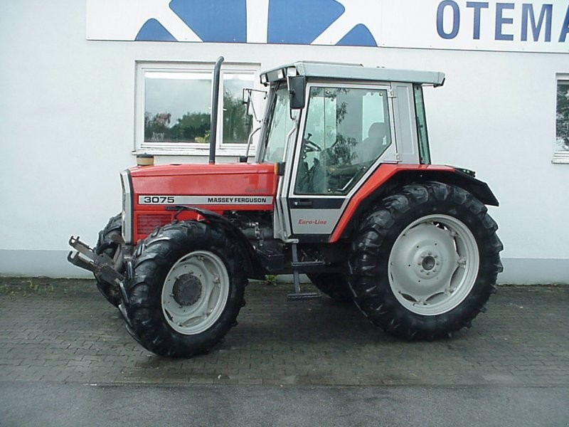 Massey ferguson 3075 photo - 4