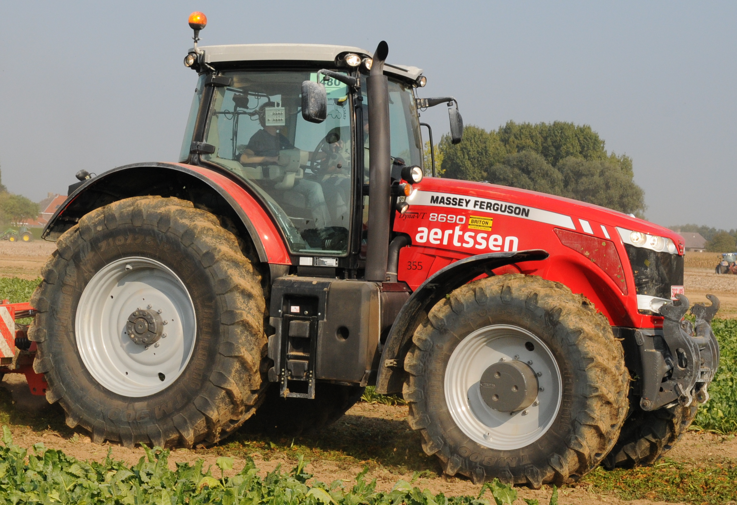 Massey ferguson mf photo - 2