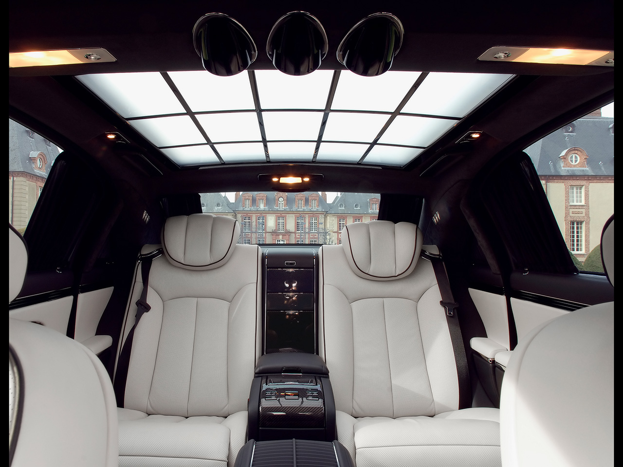 Maybach 62 photo - 2