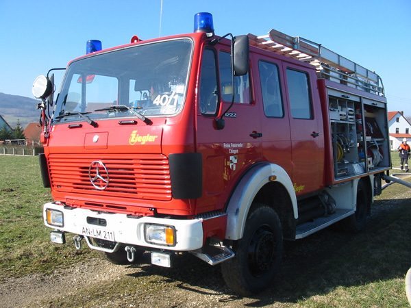 Mercedes-benz 1222 photo - 3
