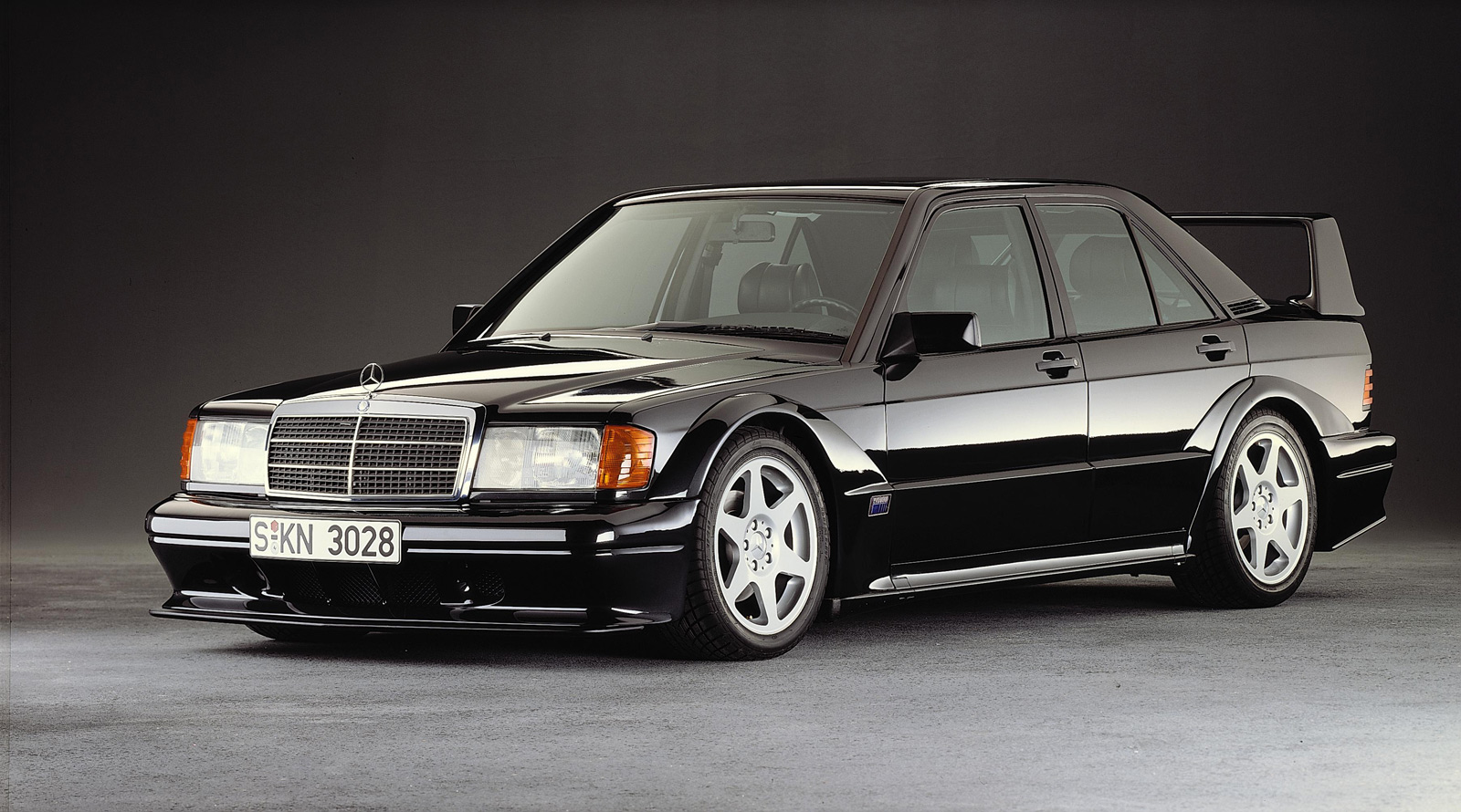 Mercedes-benz 190e photo - 2