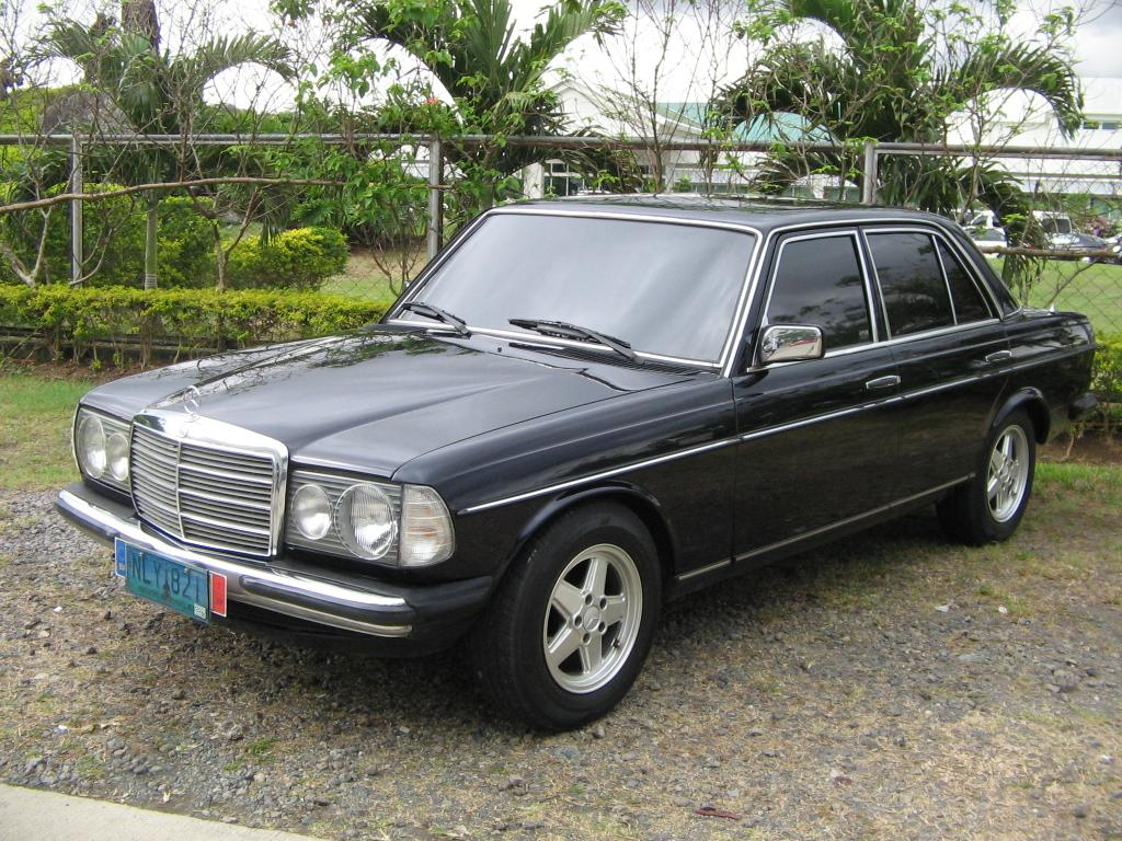 Mercedes-benz 200 photo - 2