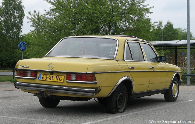 Mercedes-benz 240d photo - 4